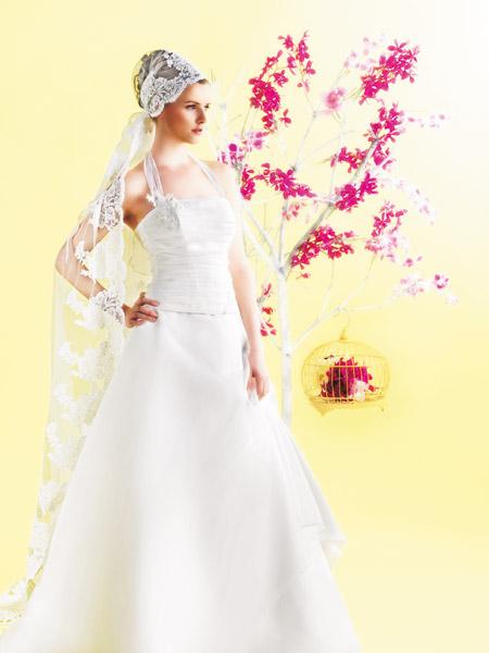 فساتين الزفاف بالالوان ولا اروع 15_0